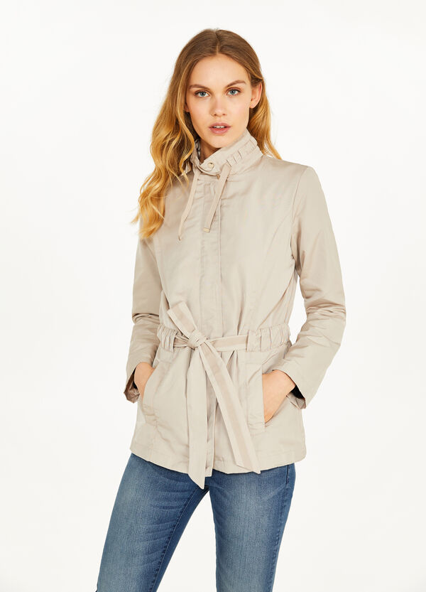 Jacket with high neck and drawstring
