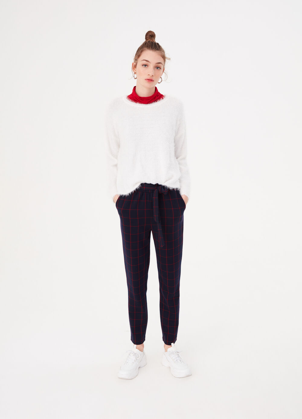 Stretch trousers with check pattern and belt