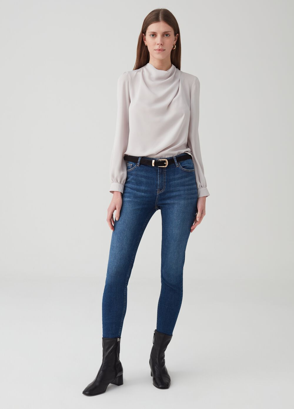 Soft-touch skinny-fit jeans