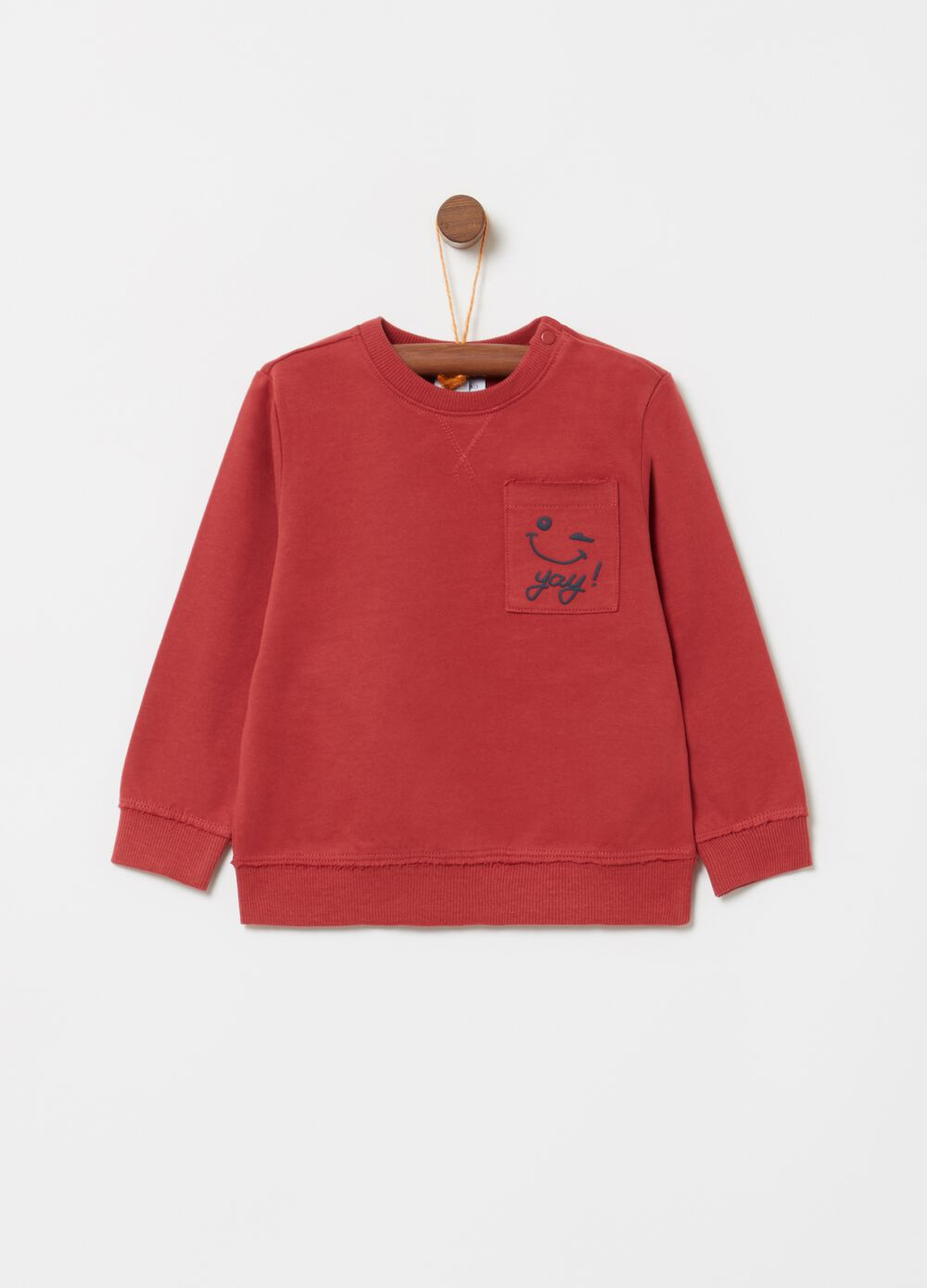 Sweatshirt with small pocket and lettering print