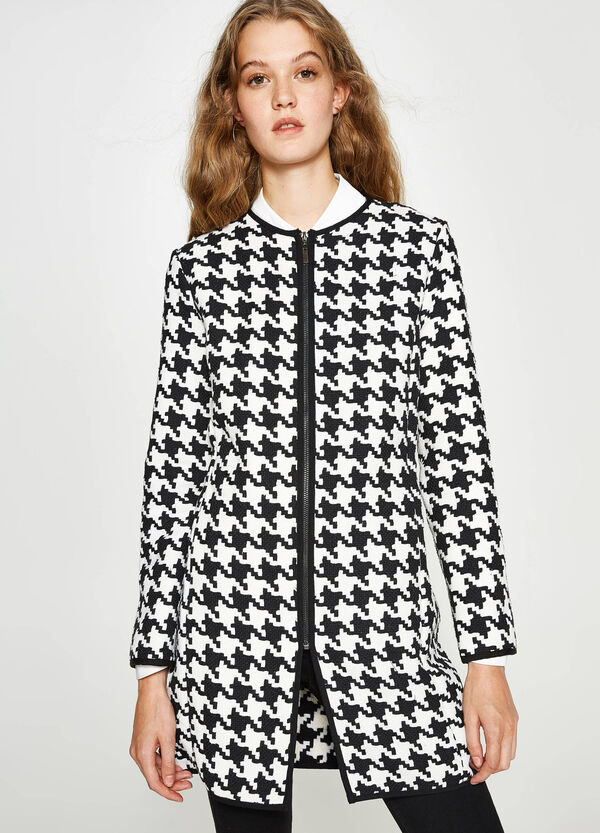 Coat with hounds' tooth pattern | OVS