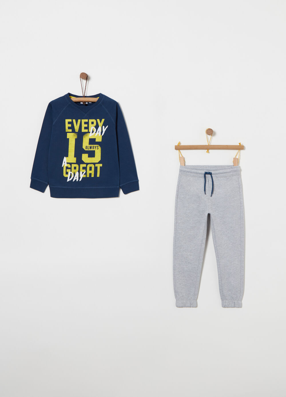 Fleece jogging set with logo print