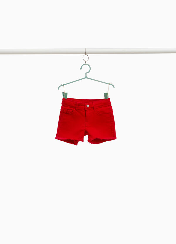 Solid colour denim shorts with lace