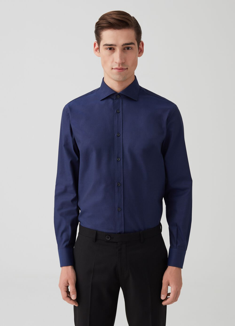 Solid colour cotton regular-fit shirt