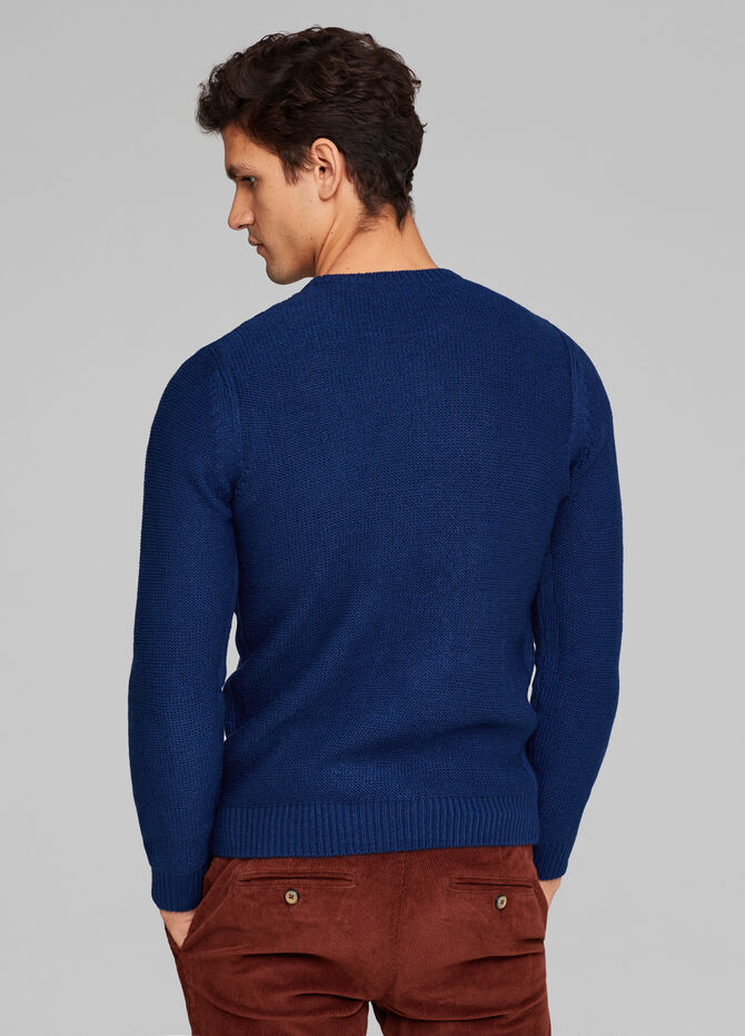 Plain cable knit pullover