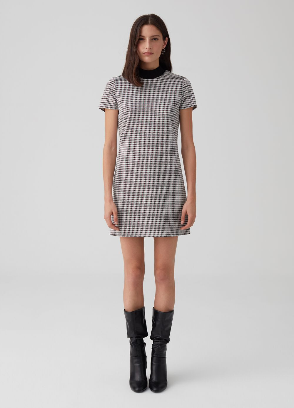 Dress with hounds' tooth pattern