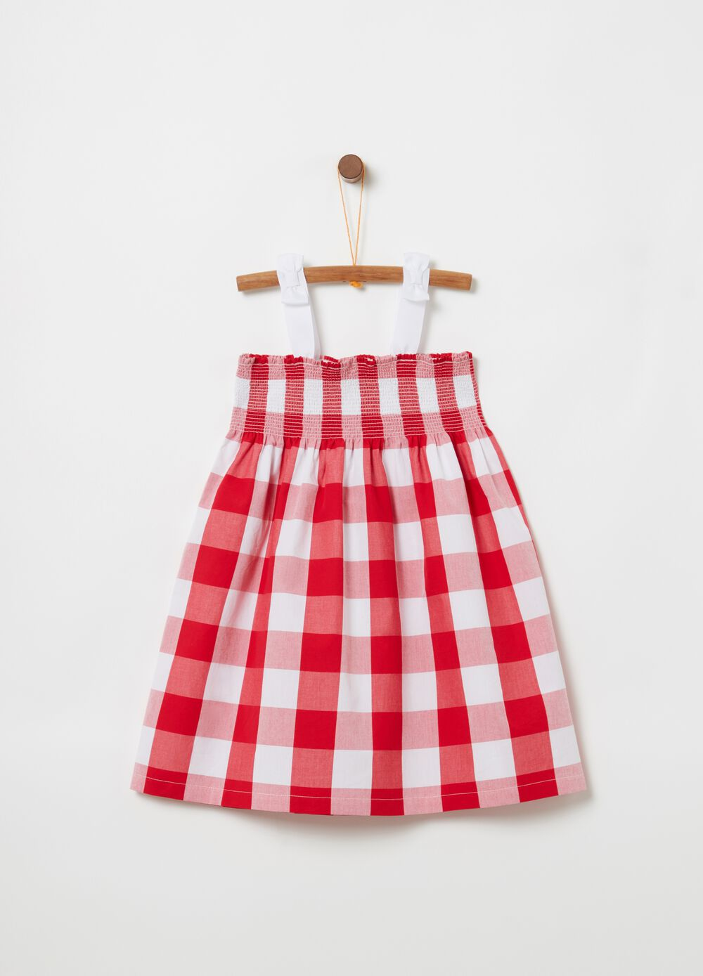 Sleeveless check dress with smock stitching