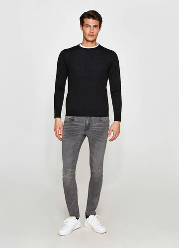 Wool blend crew neck knitted pullover