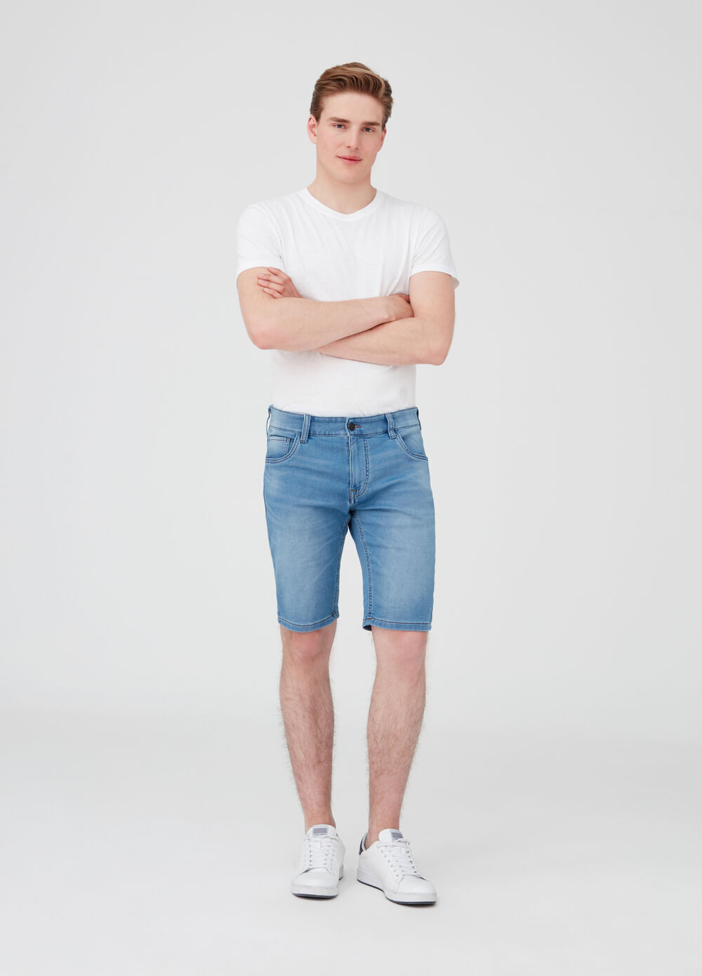Vintage-effect slim-fit stretch denim shorts