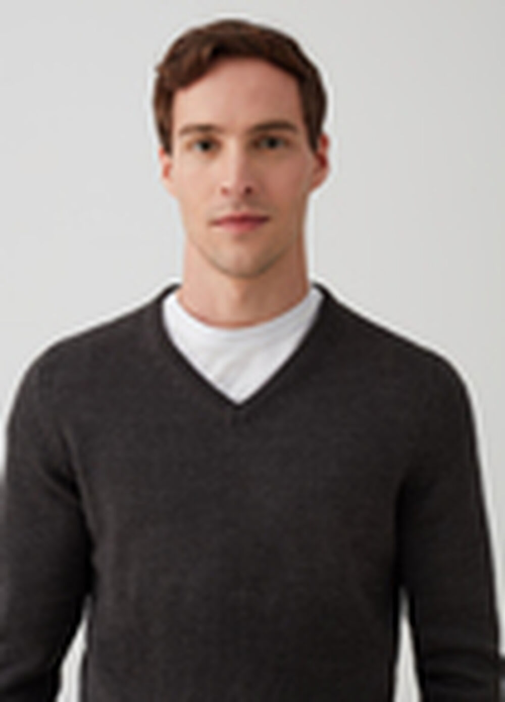 Pullover with V-neck and ribbing