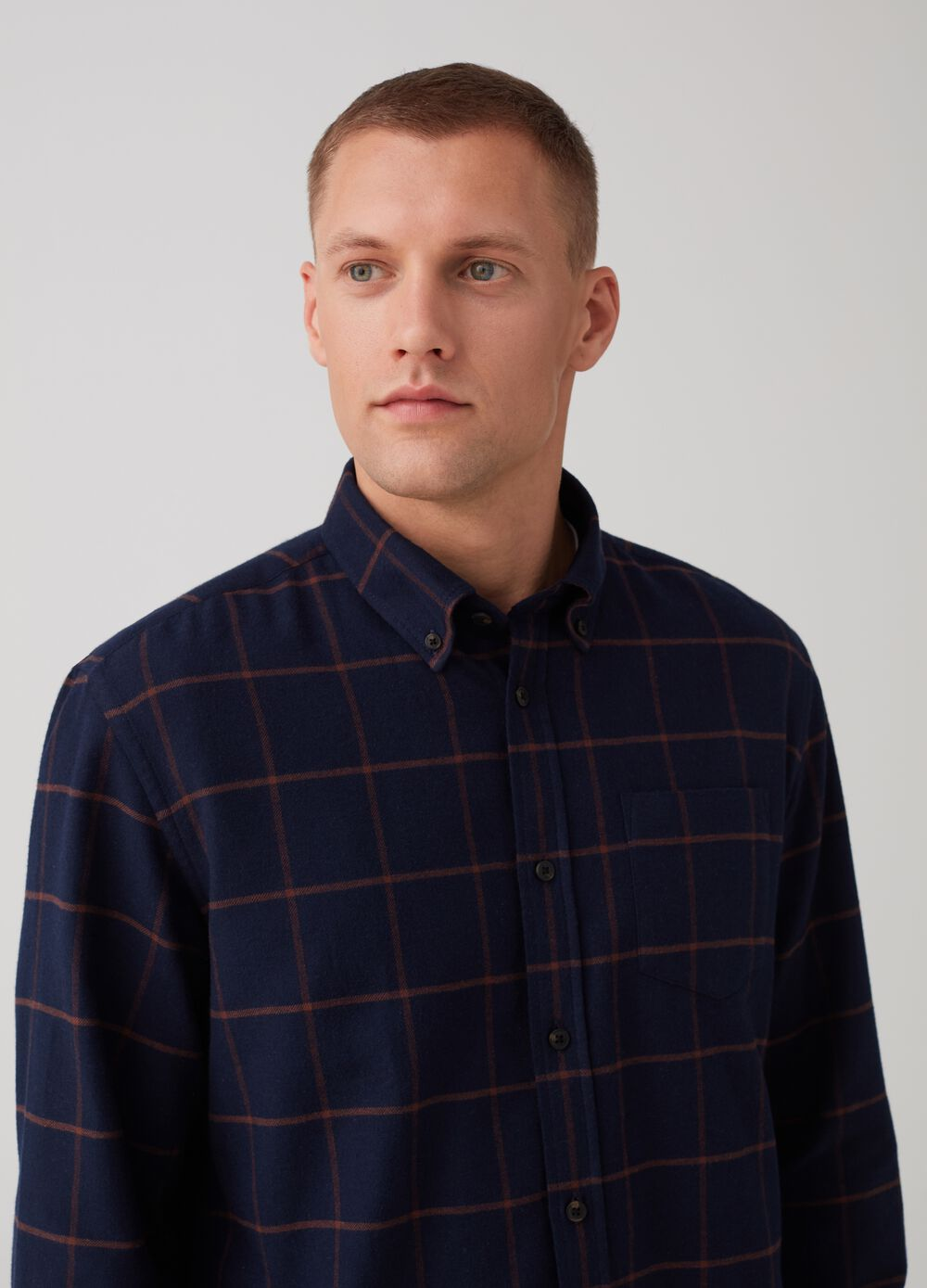 Regular-fit shirt with check pocket