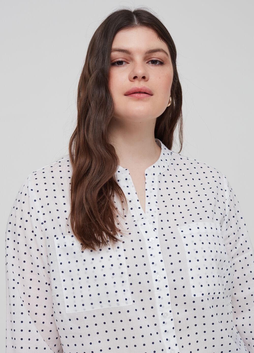 Curvy polka dot shirt in 100% cotton