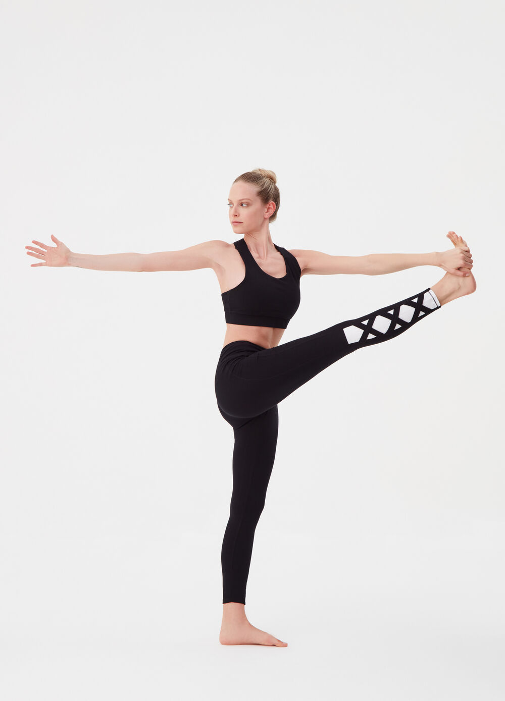 Stretch cropped tank top with crossover