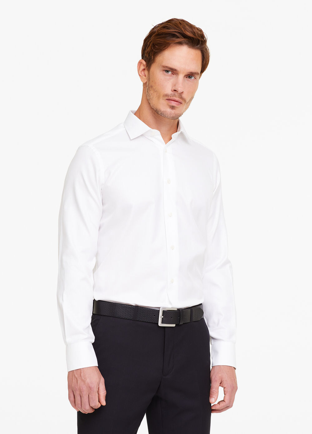 Slim-fit formal shirt with striped weave