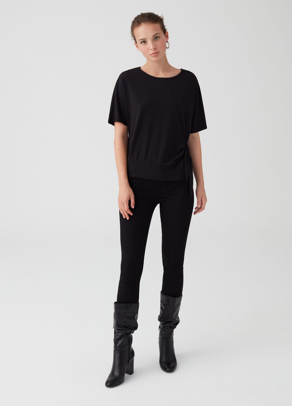 Stretch T-shirt with side knot