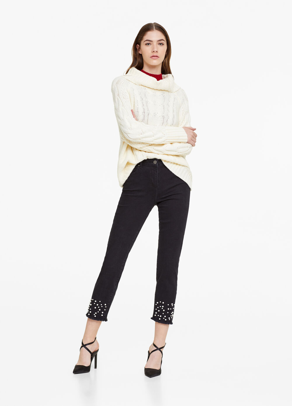 Solid colour stretch jeans with beads