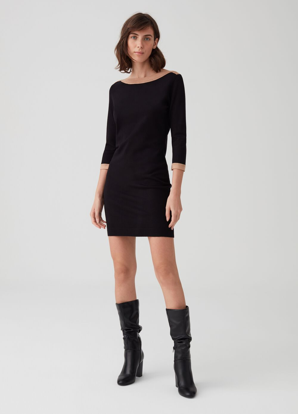 Ribbed dress with three-quarter sleeves