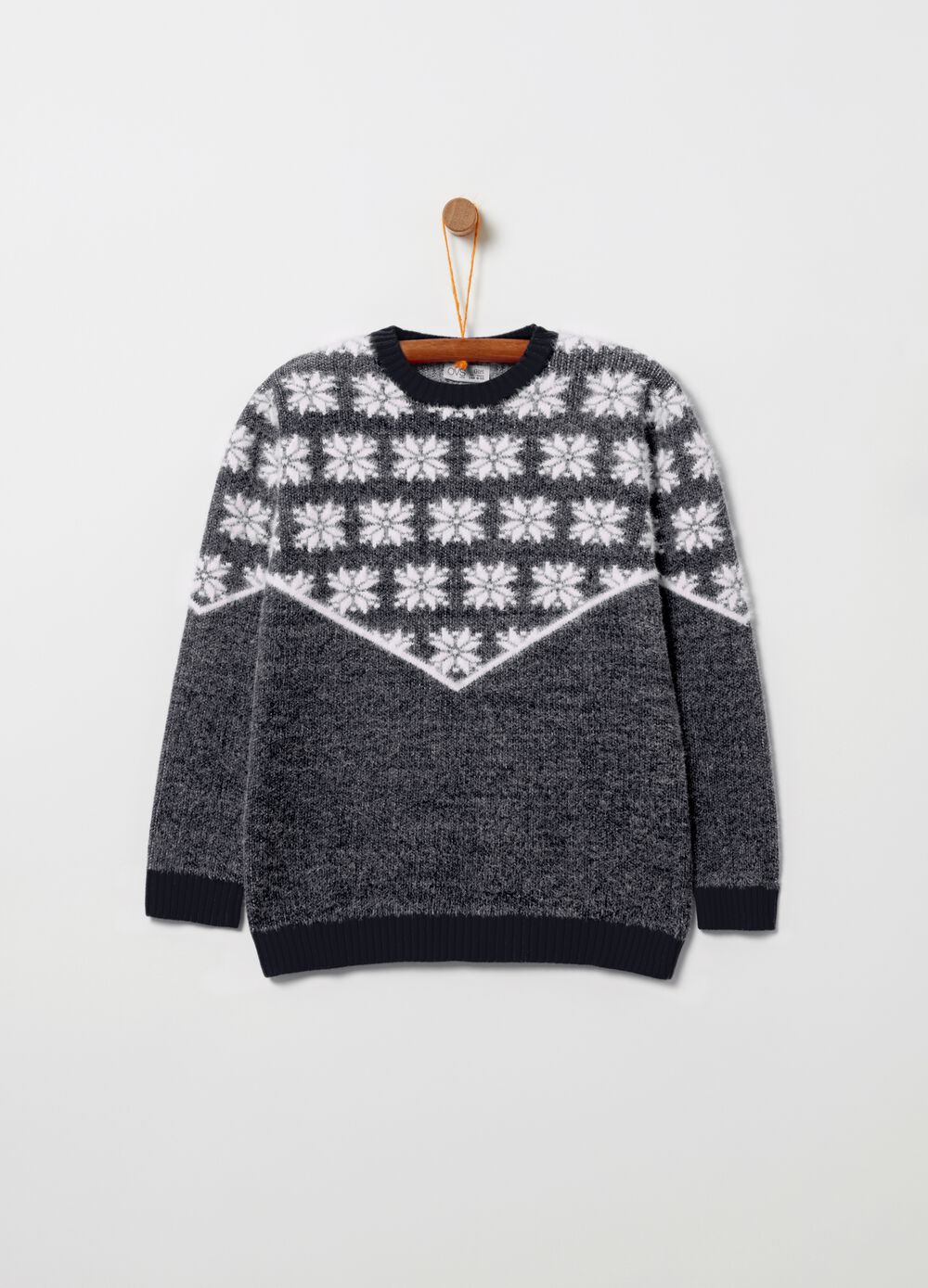 Christmas jumper with snowflakes pattern