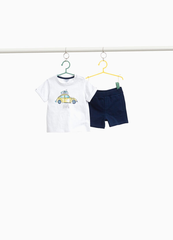 Cotton T-shirt and shorts outfit
