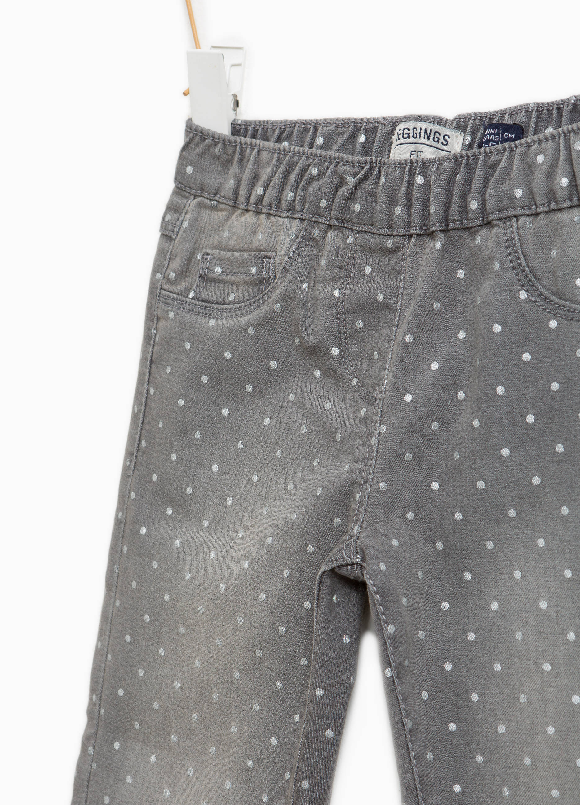 c5451b5e5 Stretch jeggings with polka dots and fading