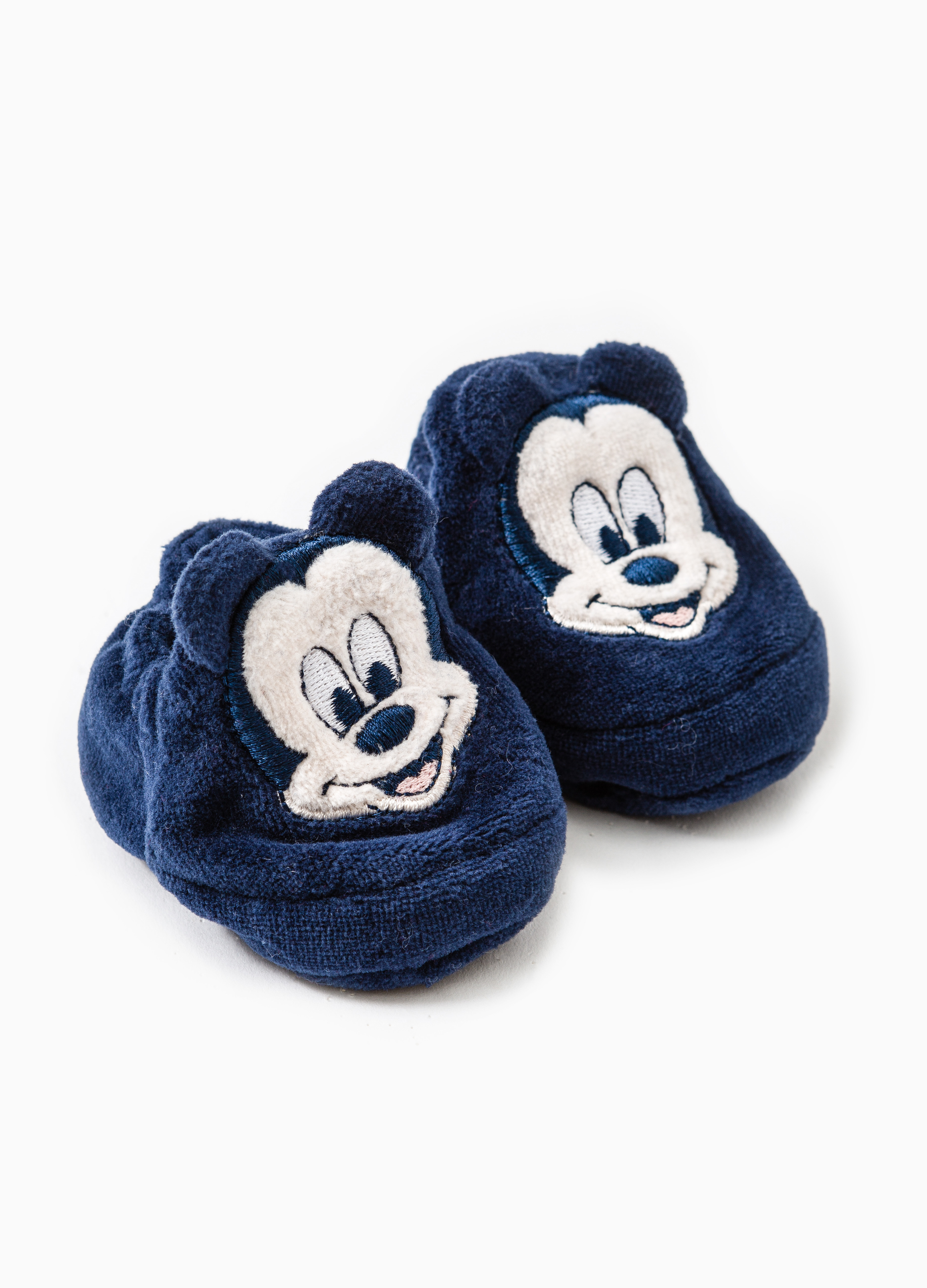 Baby Mickey Mouse hat and shoes set