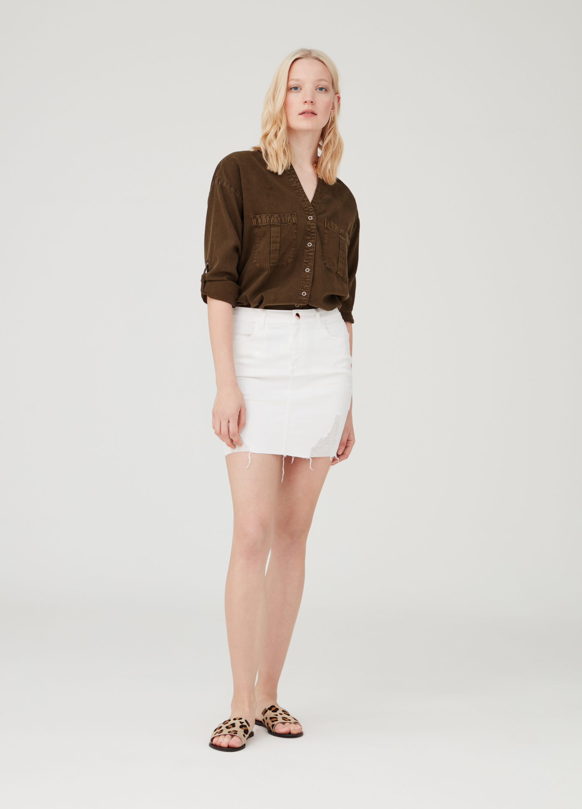 ff6df2599f Denim skirt with pockets and abrasions | OVS