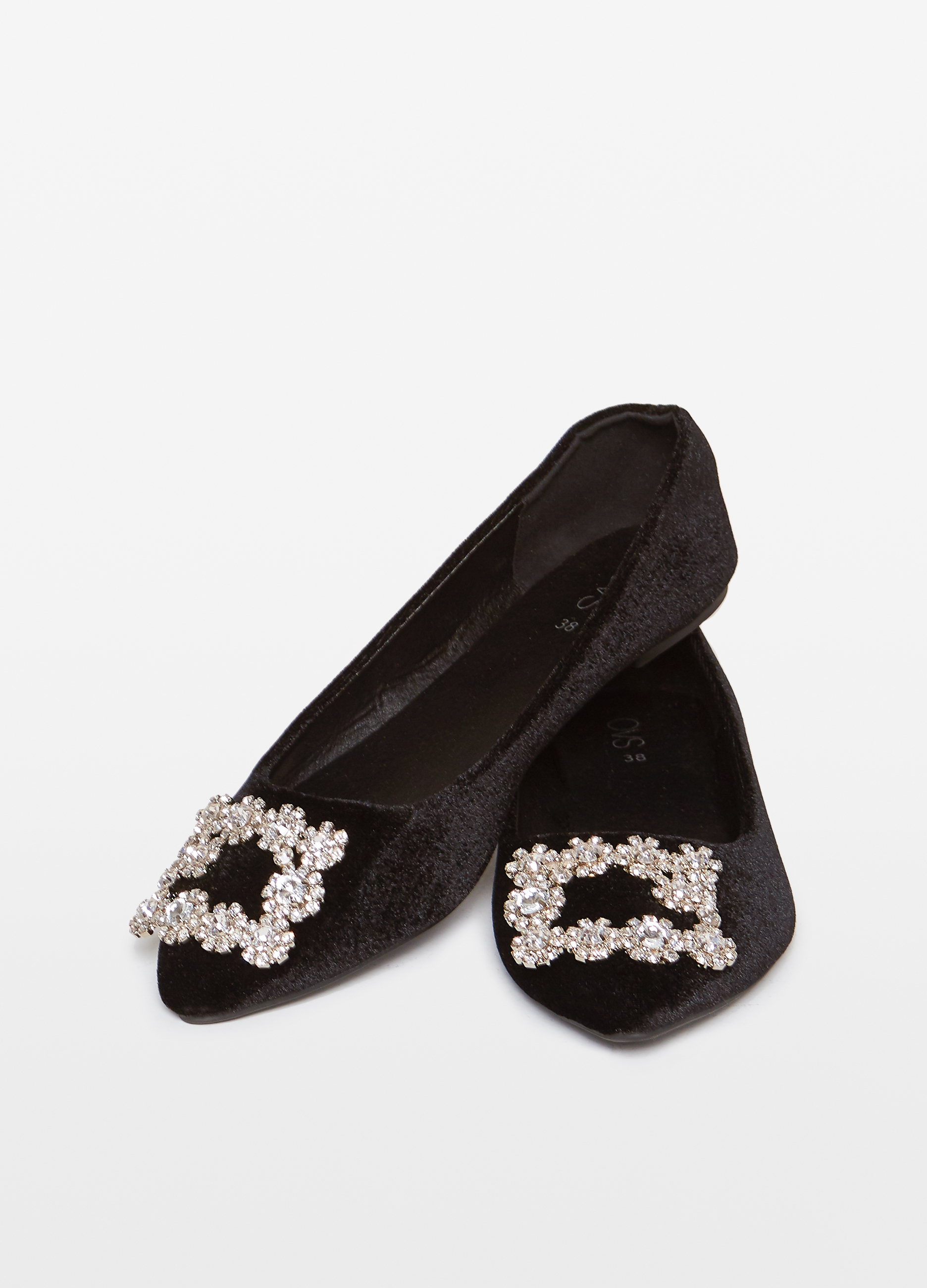 nuovo concetto 11354 a26a0 Pointed ballerina flats with diamantés