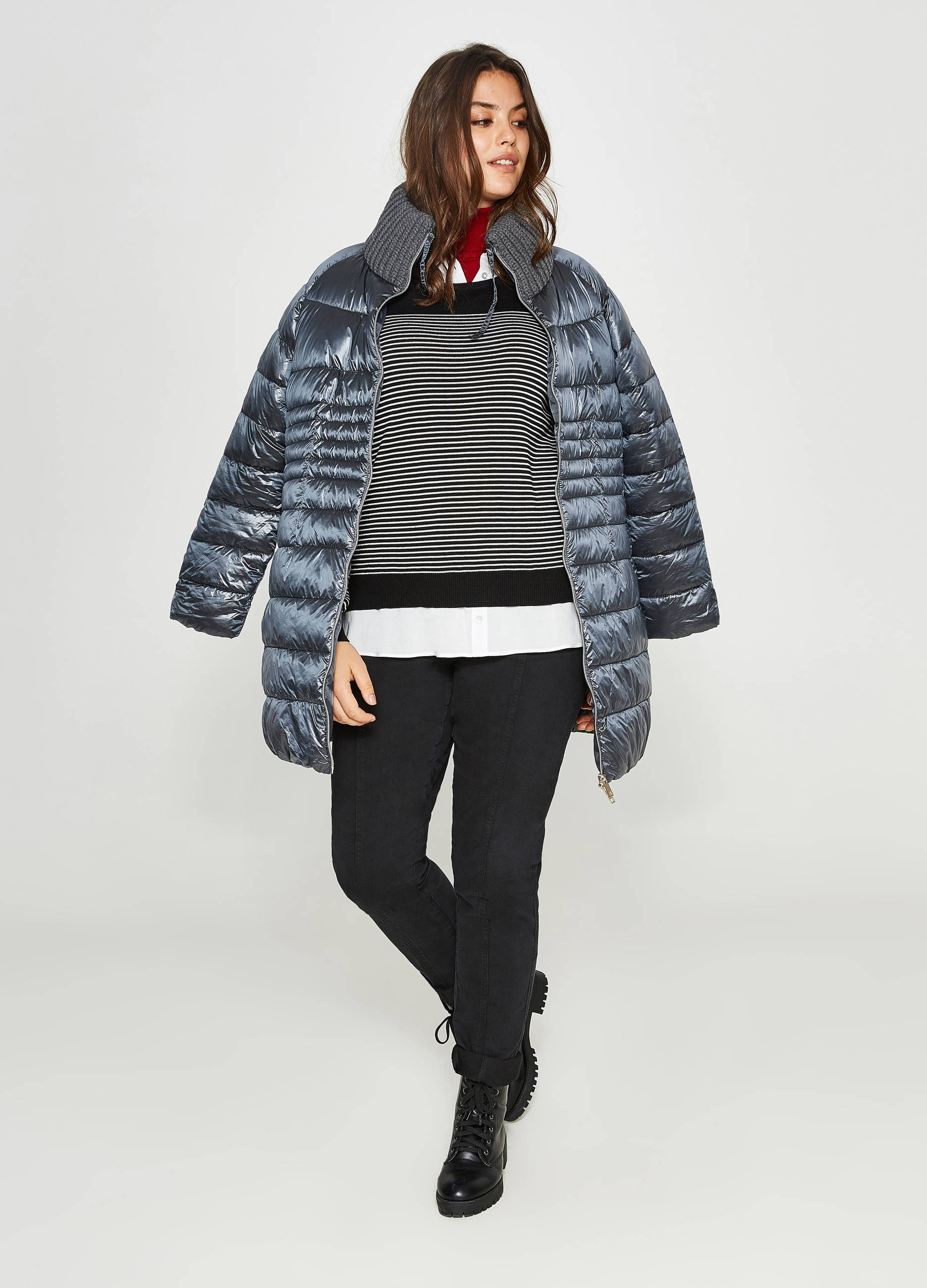 online store c7ca6 b71f3 Curvy long knitted down jacket with high neck